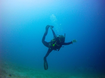 padi-yoga-diver-course-retreat-gili-air-indonesia