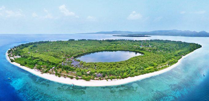 aerial-gili-meno-island-lombok-indonesia