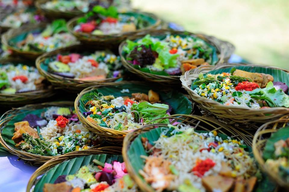 Enjoy The Local Food In Indonesia