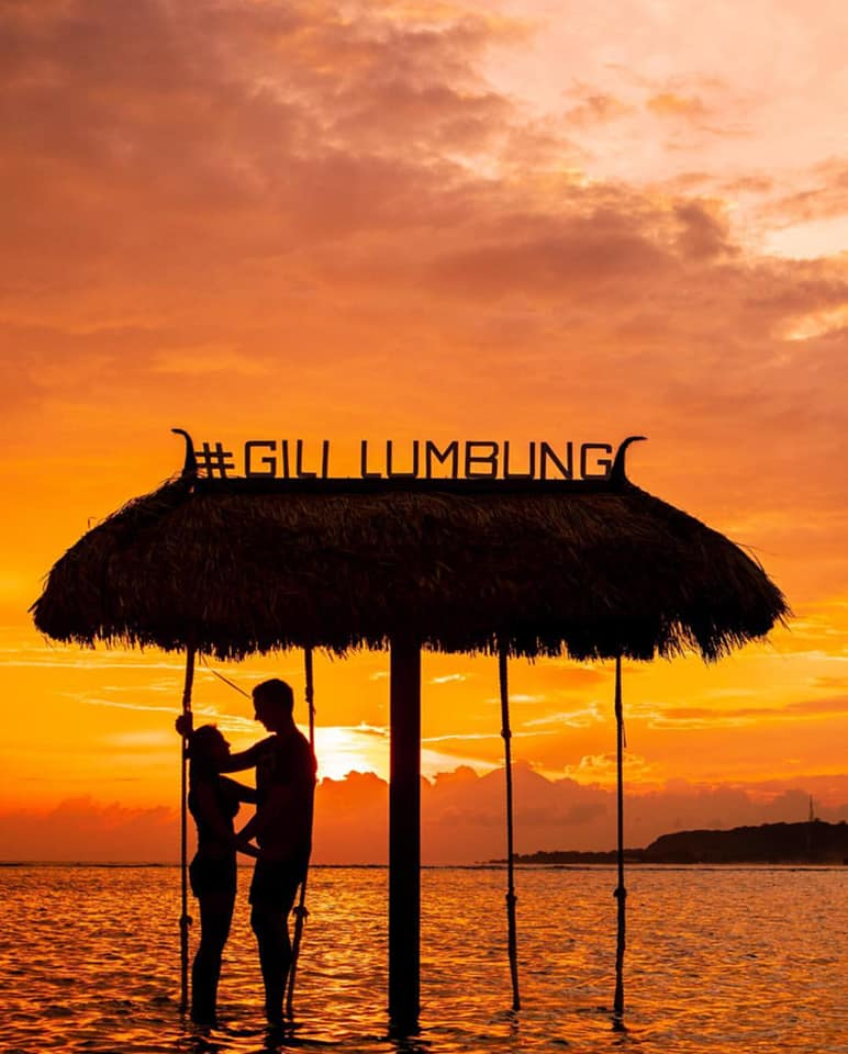 Stunning Picture Of The Sunset At The Gili Islands