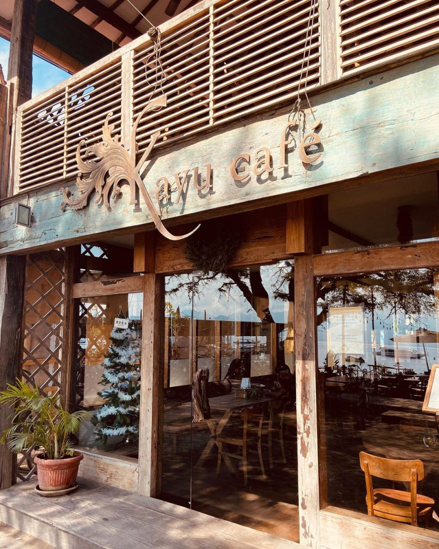 Kayu Cafe on Gili Trawangan is completely made out of wood and serves delicious coffee.